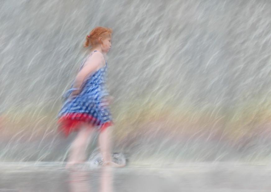 03  Girl in the Fountain  15.jpg