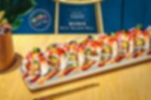 捲捲米Sushi Bar美式壽司 瘋狂辣鮭卷.jpg