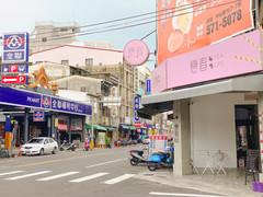 店家門口_周邊環境.jpg
