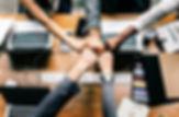 bump-collaboration-colleagues-1068523.jp