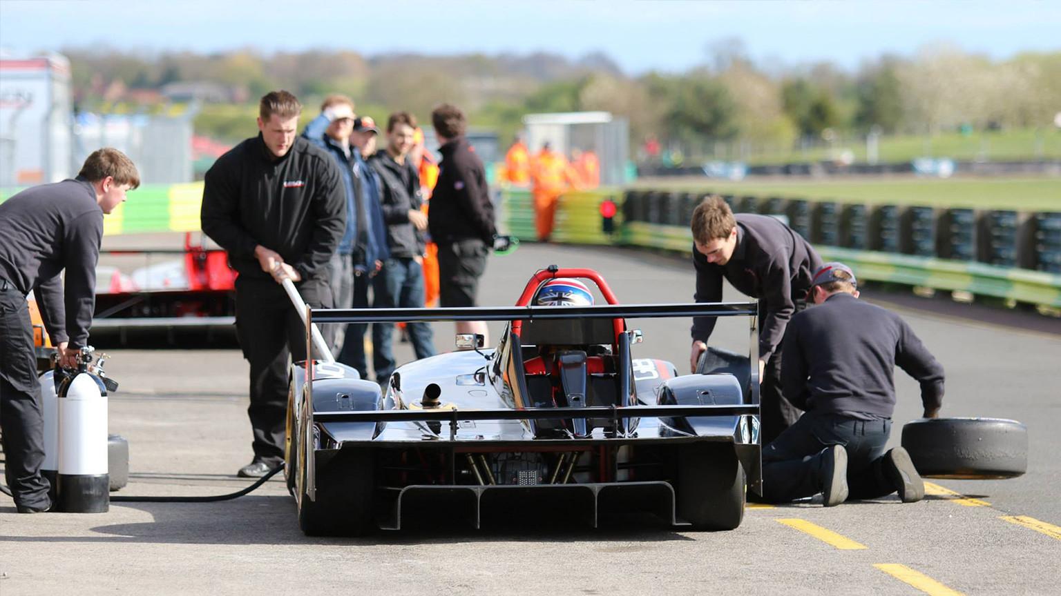 Race-Car-Setup-02.jpg