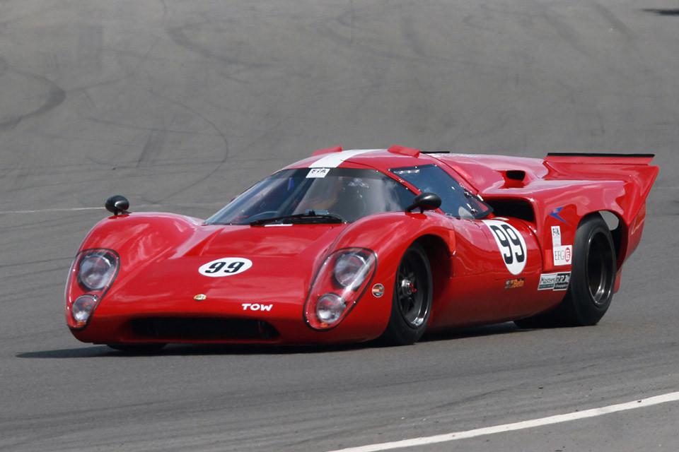 img-Des-Eng-02-Race-Car-Setup.jpg