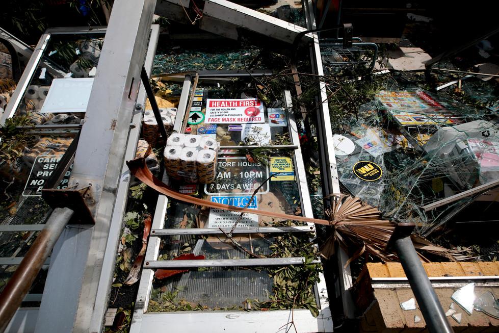 Hurricane Laura Aftermath in DeQuincy, LA // 2020