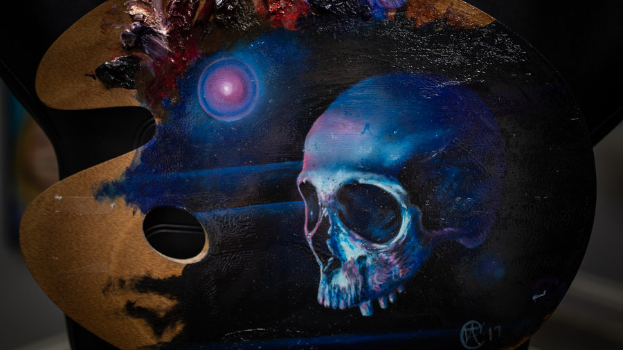 Oil Painting on pallet of Skull