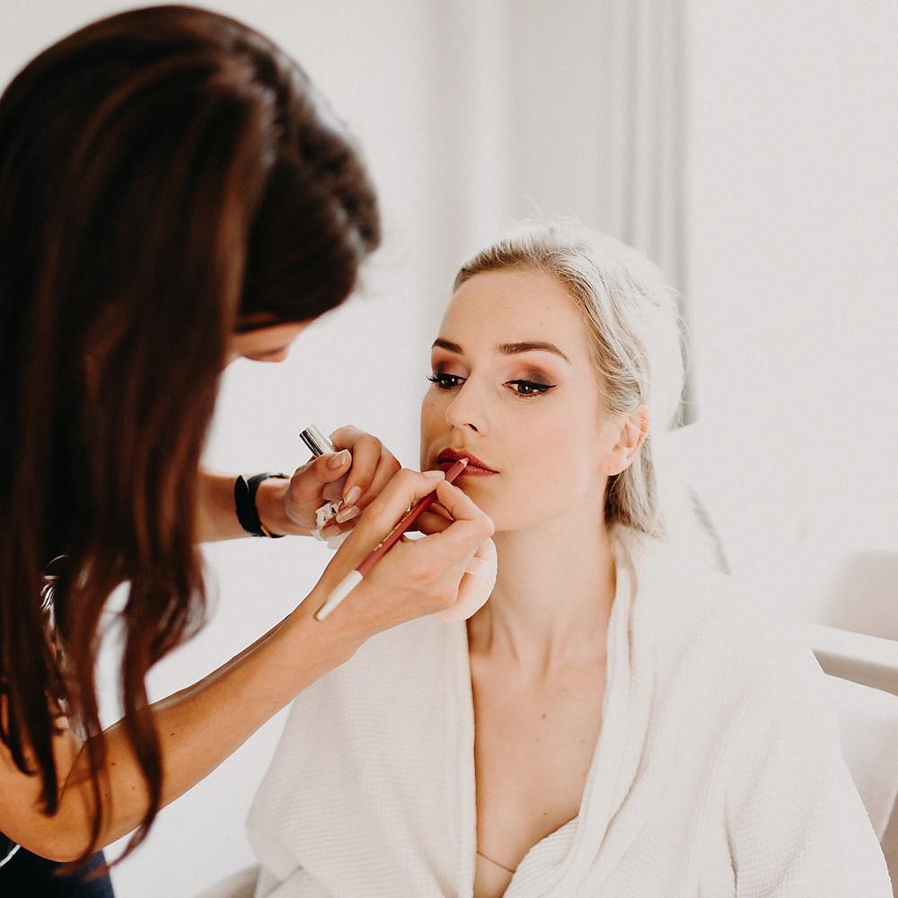 Bruidsmake-up en haar