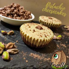 Pistachio & cocoa mini cheesecakes