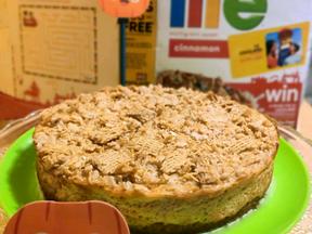 Pumpkin streusel cheesecake with LIFE Cinnamon