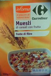 Muesli di cereali con frutta