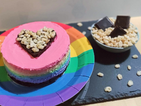 Mini rainbow cheesecake with crispy dark chocolate heart