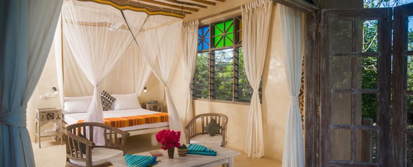 Master Bedroom (15 of 18).jpg