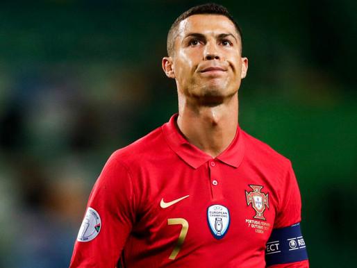 El Covid-19 le saca la tarjeta roja a Cristiano Ronaldo