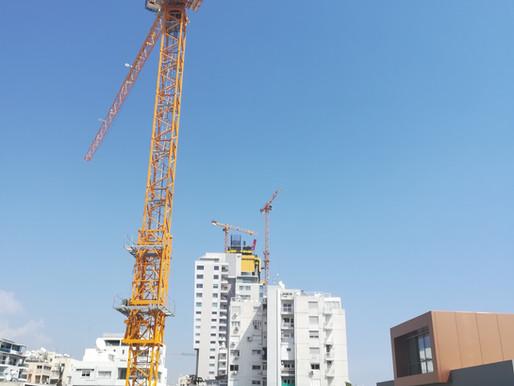 Potain-Turmdrehkran-Trio kommt bei Trilogy Limassol Seafront-Projekt zum Einsatz