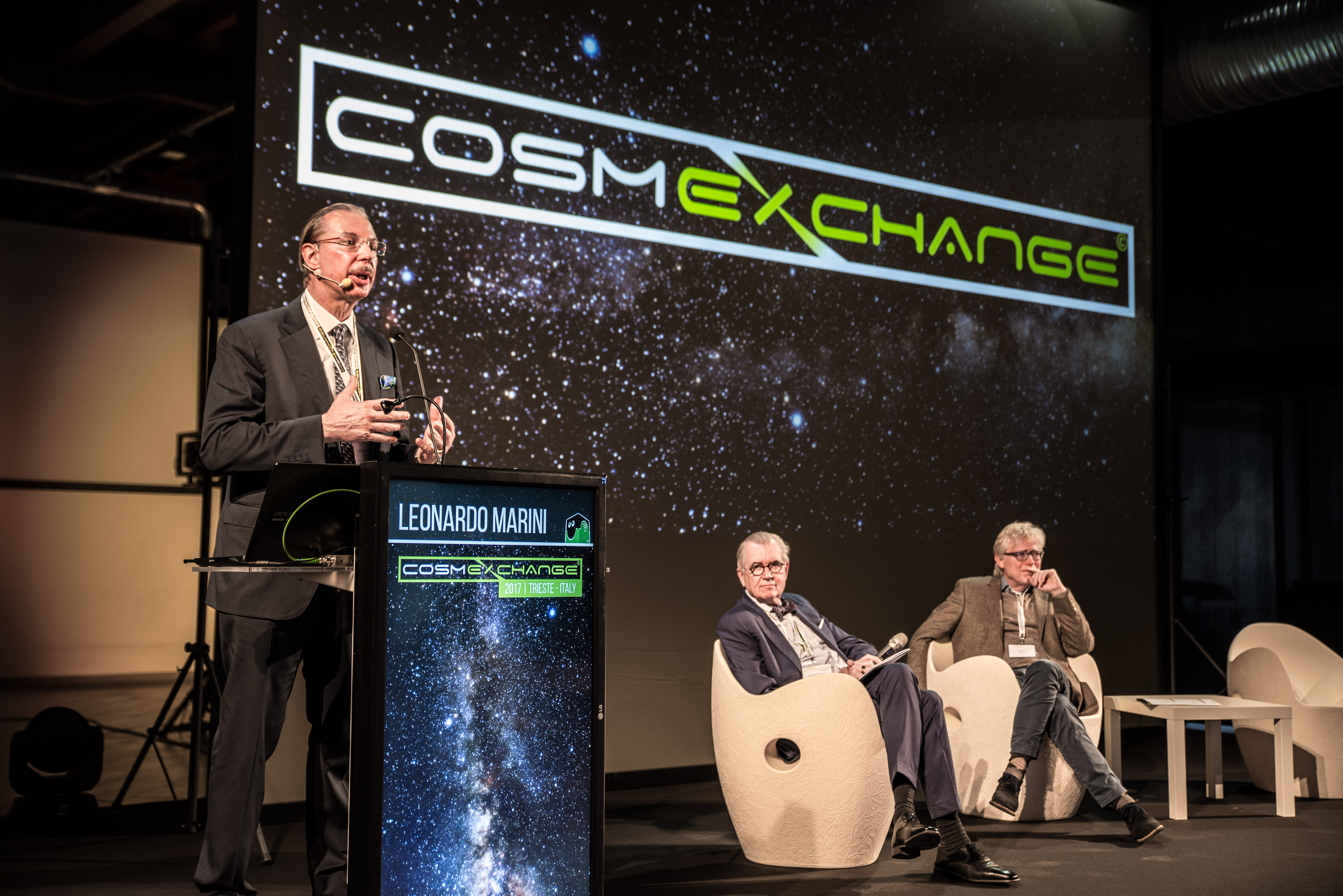 cosmEx-77