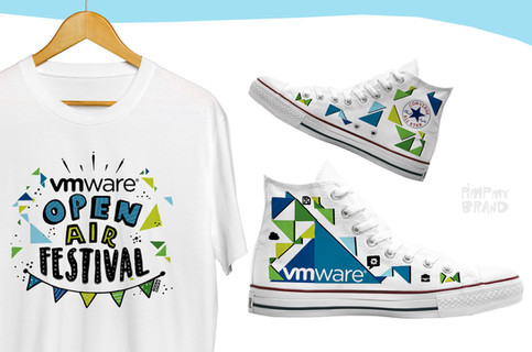 Vmware T-shirt & Sneakers