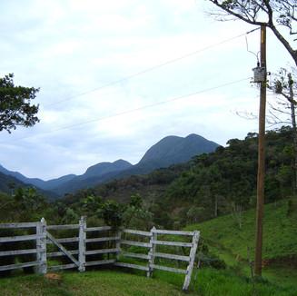 Branca Medina - Três Picos - RJ