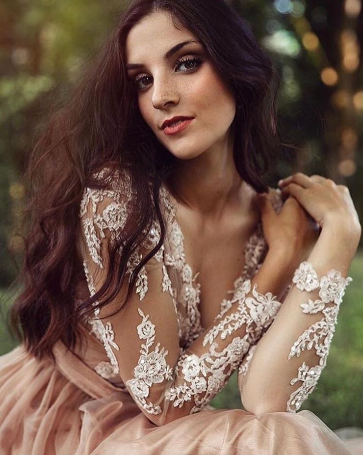 HAIR: @bri_oro MUA: yasmin sanchez www.yasminsanchezwedding.com