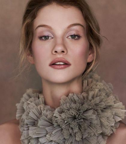 photo: lara jade makeup: christina lerchen
