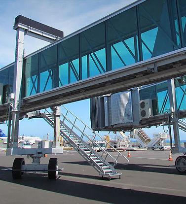 Passenger boarding bridge.jpg