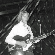 Young Andrew Gold
