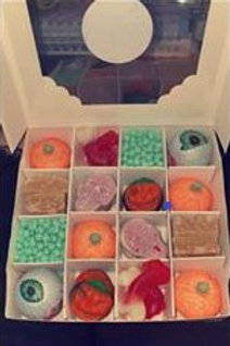 Halloween 16 Cube Box