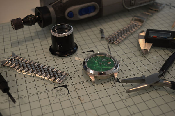 Bespoke%20watchmaking_edited.jpg