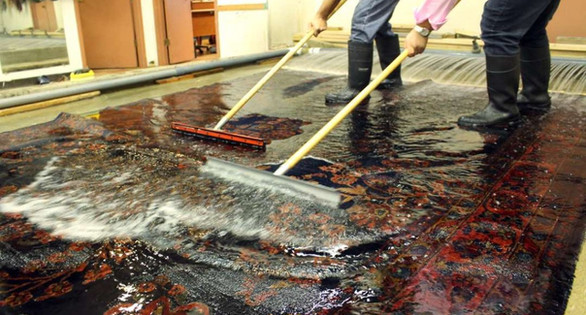 Oriental-Rug-Cleaning-By-Hand-Drying-102