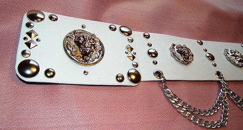 7 Lion Head Concert Belt in Silver