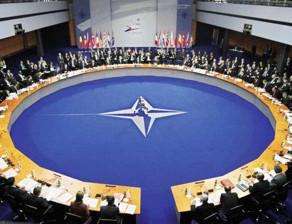 L'OTAN n'est pas en état de mort cérébrale. C'est l'Europe qui l'est !