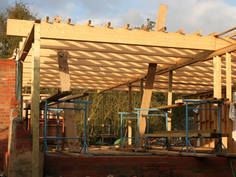 stable 06 glulam beams.jpg