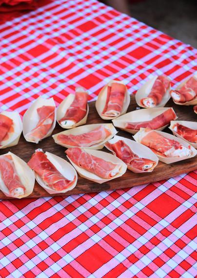 Rouleau de jambon cru au chevre frais