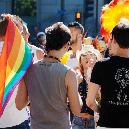 #LGBT: persone a orientamento sessuale e identità di genere specifici: