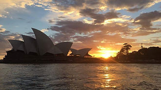 Opera House sunset_edited.jpg
