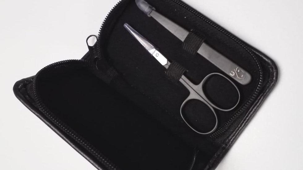 Ultimate brow tweezer and scissors set