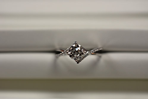 Diamond Engagement Ring.96ct center Dia