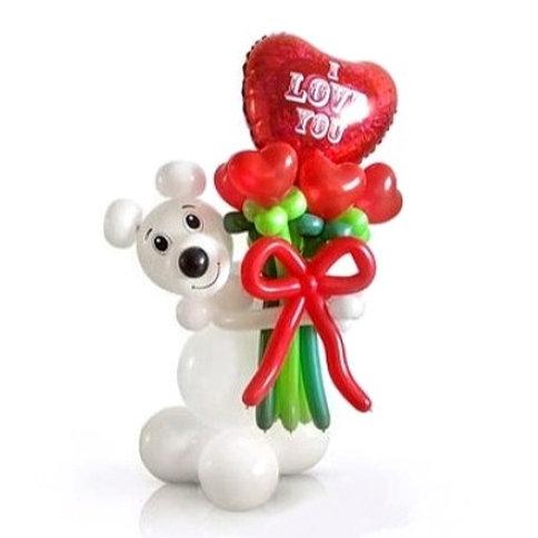 Мишка с сердцем и букетом