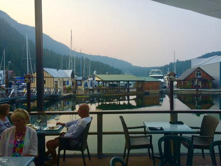 013_Genoa_Cafe.jpg