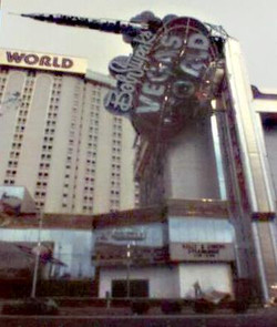 Bob Stupak's Vegas World (16).jpg