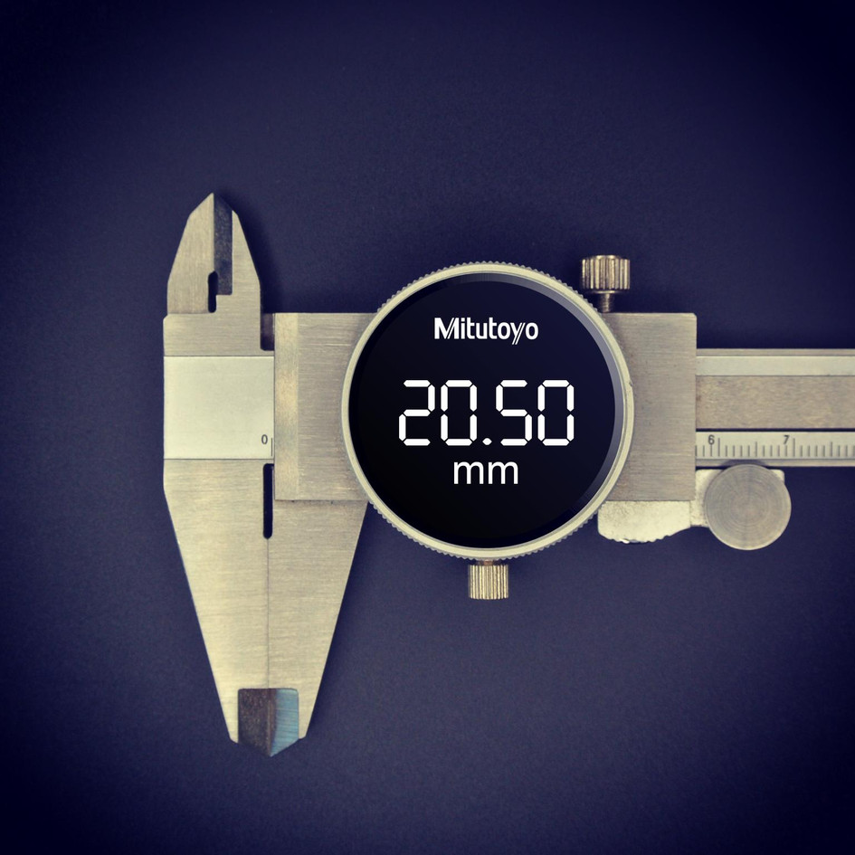 This vernier calliper concept produced by D Squared blends the aesthetic of a classic mechanical dial vernier with the ease of use and accuracy of its digital equivalent, and wouldn't look out of place even in the most modern surroundings. Don't be fooled into thinking that just because the design of a product hasn't changed in many decades doesn't mean that there's no room for improvement.