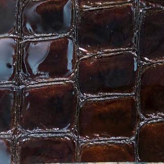 Croco vernis marron N°94