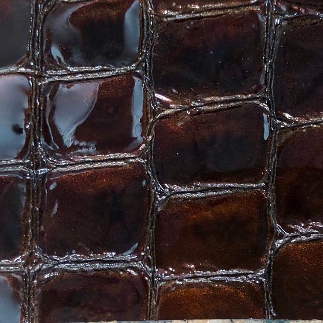 Croco vernis marron N°147