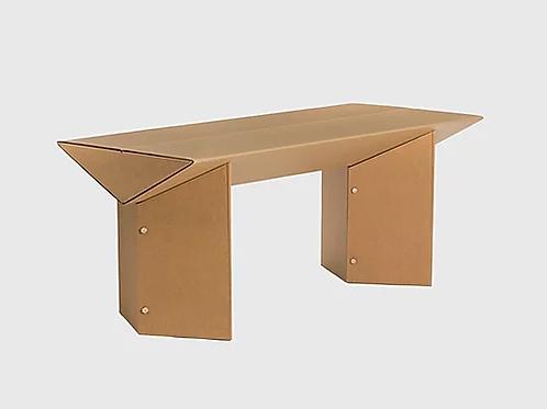 Стол письменный из картона