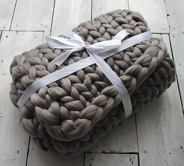 Dove grey chunky knit throw/blanket