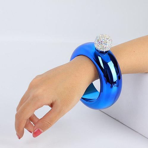 Flask bracelet
