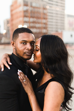 couple snuggled up together in downtown memphis