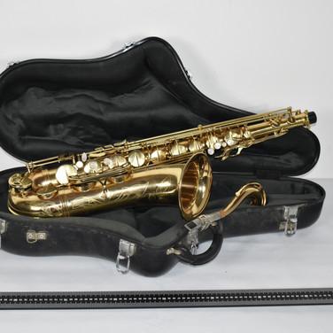 INSTRUMENT_DE_MUSIQUE_(7)_Saxophone_Henr
