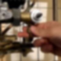 газовая колонка не зажигается сломался магнитный клапан