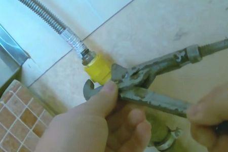 подключение колонки к газовой трубке