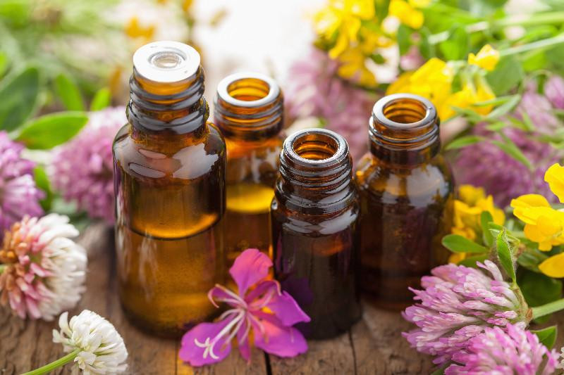 Essential Oils for Organic Personal Care