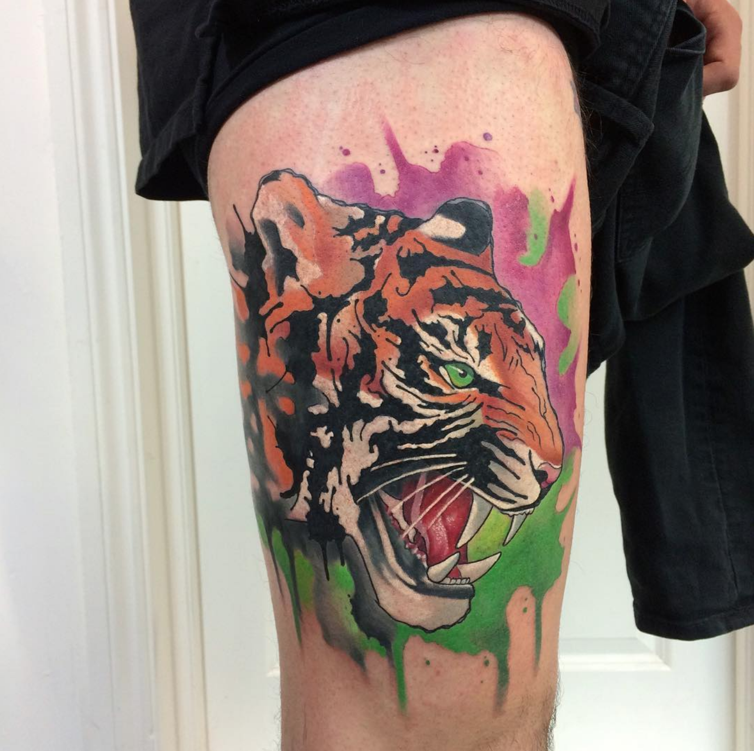 piink-tattoo-piercing-emil-tattoostudio-basel-tiger
