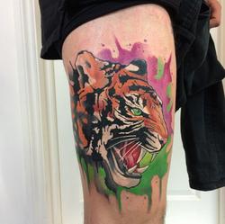 piink-tattoo-piercing-emil-tattoostudio-basel-tiger